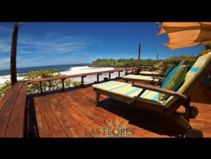 Las Flores Resort
